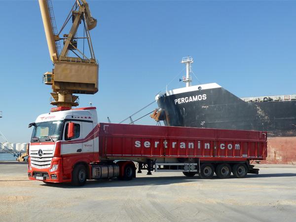 transporte-de-mercancias-a-granel